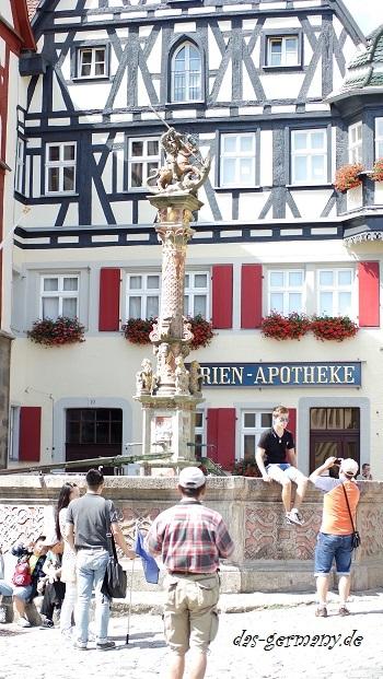 фонтан в ротенбурге