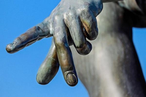 палец по-немцки